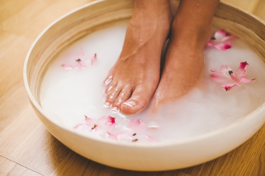 Peppermint Foot Soak to Revitalize Your Feet