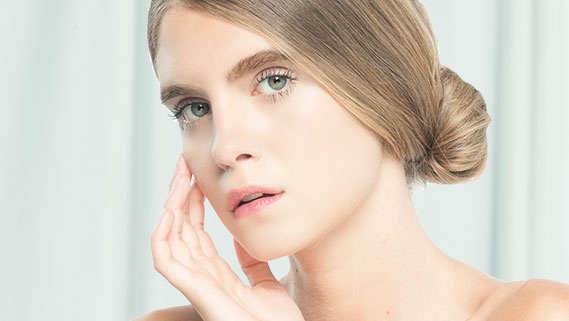 gamme d'unifcateurs de teint, crèmes eclat visage et produits Acide Hyaluronique