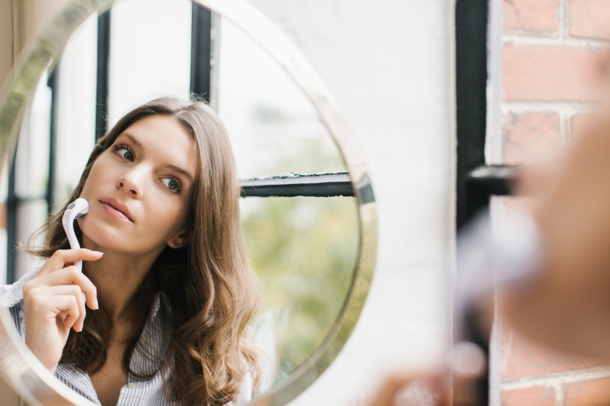 Is microneedling safe for home use ?